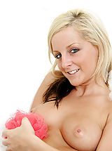 Nubile melissa gets wet and wild in the bathtub with her pink dildo toy