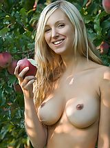 Big Nipples, Corinna - Forbidden Fruits