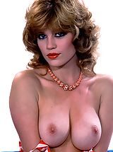 Nackte Frau Babes, Autumn in Red, White & Blue - if you love great natural tits. Your boat has come in!