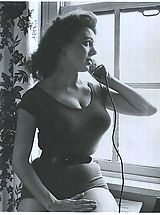 Vintage women - no nudes here!