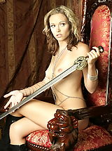 Fantasy Pics: WoW nude onna keeper of the throne