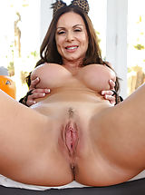 young naked, Kendra Lust