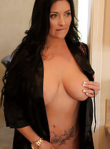 naked chicks, Sammy Brooks tagged of Big Boobs,Shaved Pussy,Tall Girls,Black Hair,Long hair,Hardcore,Big Areolas,Natural,Milf,Thick