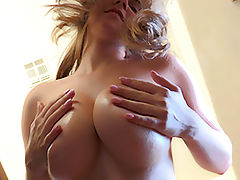 naked blondes, Lindsey Breast Play