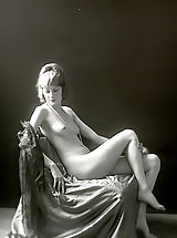 Antique Erotica from 1920 to 1940 - Naked Girls with Amazing Bodies Used To Boil the Blood of Men Back Then
