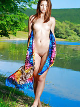 naked blondes, Alicia Love