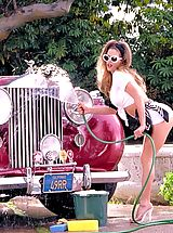A sizzling redhead knows how to ride in style.