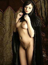 Fantasy Pics: WoW nude avarose keeper of the vulva