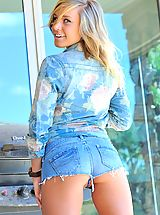 Naked Jeans, Kennedy has adventurous fun