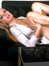 Natural blond gets a load of cum in her mouth