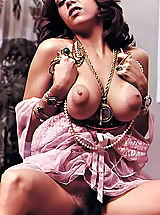 Women with big Areola, Real Antique Naked Women With Sweet Lusty Puffy Nipples In Hot Vintage Photos