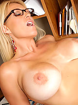 [Spintax1], Charlee Chase