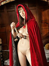 naked girls, WoW nude alia medieval vagina play