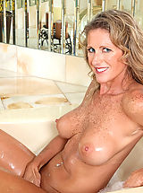 Big Nipples, Seductive Anilos Jade gets wet in the tub and fondles her pink juice box