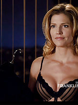 Celebrity Nippels, Tricia Helfer