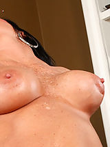 Big Nipples, Kendra Secrets