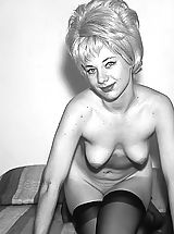Vintage Pics: Enjoy These Vintage Photos of Beautiful Naked Girls with Weird Hair Style That Men Were Jerking On Back In 1960