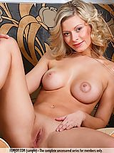 naked 18, Anne P.