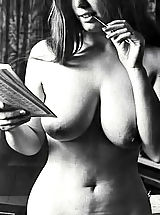 7 Ways to Show off - Rare Vintage XXX Photos Of 60's Featuring Hot Busty Women Ready For Their 1st Public Sex Act
