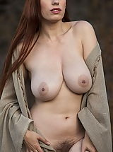 naked woman, WoW nude titania farmers daughter